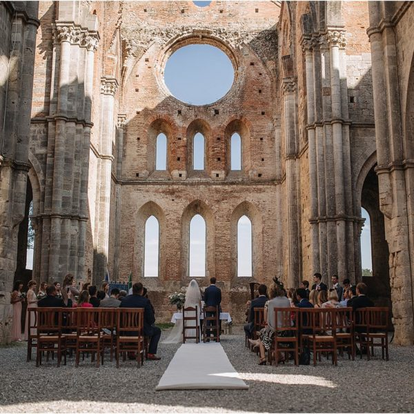 Wedding in San Galgano Abbey and Podernovo